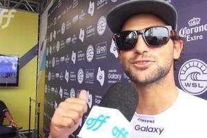 Alejo Muniz vence sua primeira bateria no Rio Pro