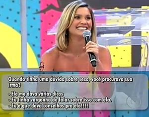 Flávia Alessandra responde a pergunta no 'Mano a Mano' (Foto: TV Globo)