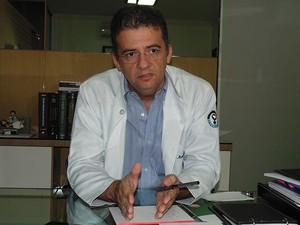 Manoel Nobre, delegado do Conselho Regional de Medicina em Mossoró (Foto: Fred Carvalho/G1)