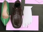 Joanete pode surgir ou piorar com o uso de sapatos de salto e bico fino