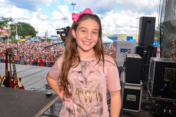 Pérola Crepaldi arrasou no time de Ivete Sangalo e incentiva a garota a se inscrever no The Voice Kids (Foto: Priscilla Fiedler/RPC)