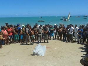 Torcedor da Mancha Azul é assassinato durante celebração a Iemanjá (Foto: Carolina Sanches/G1)