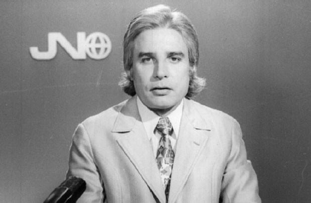 Cid Moreira no Jornal Nacional, que estreou em 1º de setembro de 1969 (Foto: TV Globo/Divulgação)