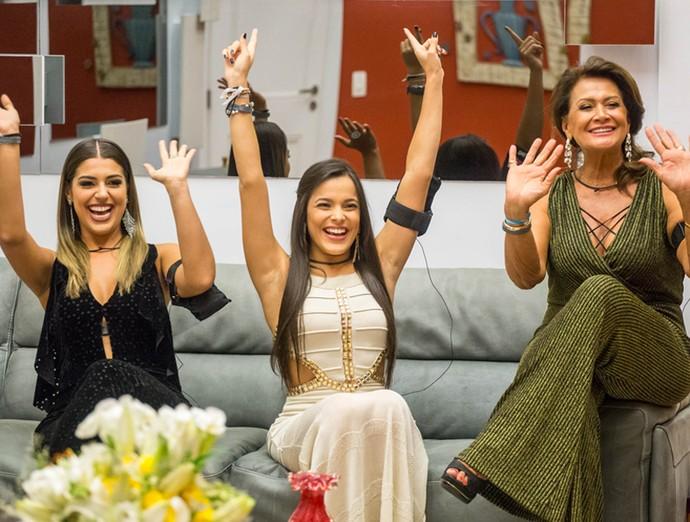 Vivian, Emilly e Ieda foram as finalistas do BBB17 (Foto: Globo/Paulo Belote)