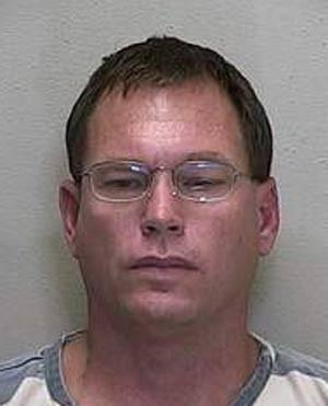 Joseph Lamar Conn foi preso tomando banho de sol nu. (Foto: Divulgação)