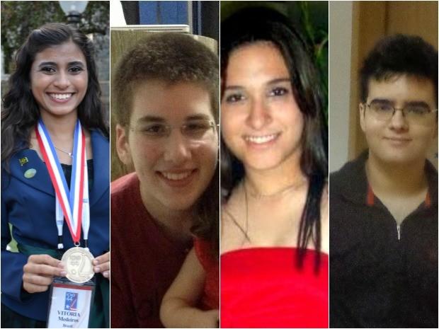 Da esquerda para a direita, os alunos Vitória Nunes, Maurocélio Rocha, Lívia Rodrigues e Nicholas de Souza. (Foto: Arquivo Pessoal)