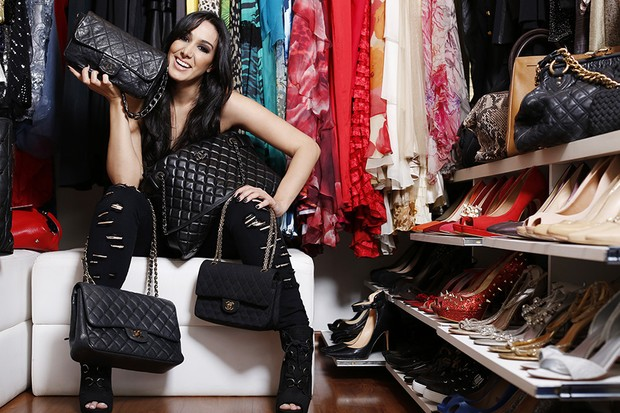 a765904d58b EGO - Marina Elali mostra sua coleção de bolsas Chanel   São como ...