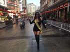 Suzy Cortez ganha olhadinha e conquista fãs na China