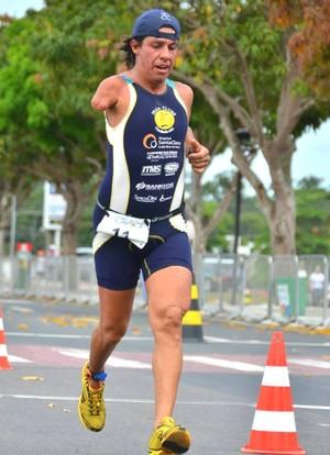 Roberto Carlos paratriatleta do Praia Clube de Uberlândia (Foto: Divulgação/Praia Clube)