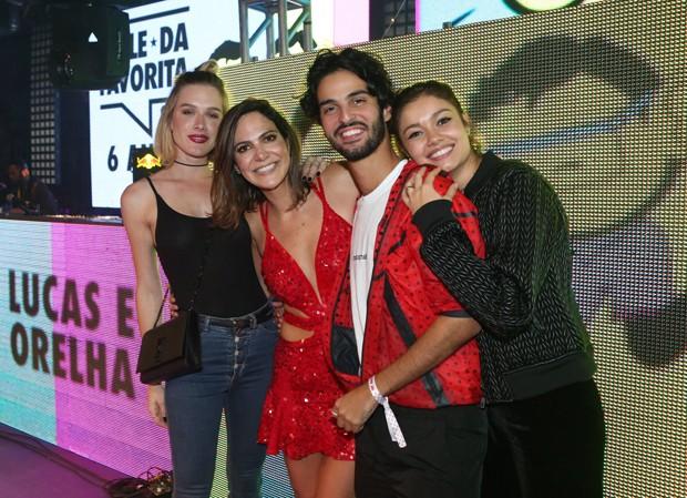 Fiorella, Carol Sampaio, André Nicolau e Sophie Charlotte  (Foto: Reginaldo Teixeira/CS Eventos Divulgação)