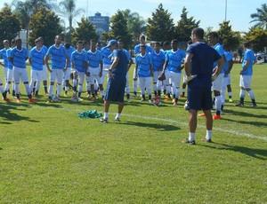 Emerson Ávila é o treinador da equipe Sub-20 do Cruzeiro (Foto: Divulgação/ Cruzeiro)