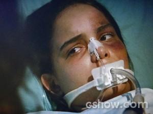 Gorete tem melhora e recebe visita de Juliana (Foto: Em Família/ TV Globo)