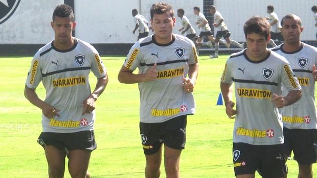 Antonio Carlos, Anderson Aquino e Lodeiro, Treino Botafogo (Foto: Thales Soares / Globoesporte.com)