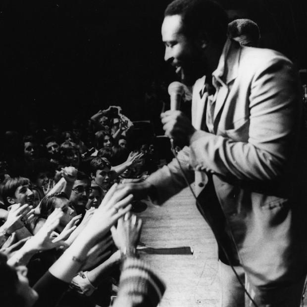 Marvin Gaye em um de seus shows na década de 1970 (Foto: Getty Images)