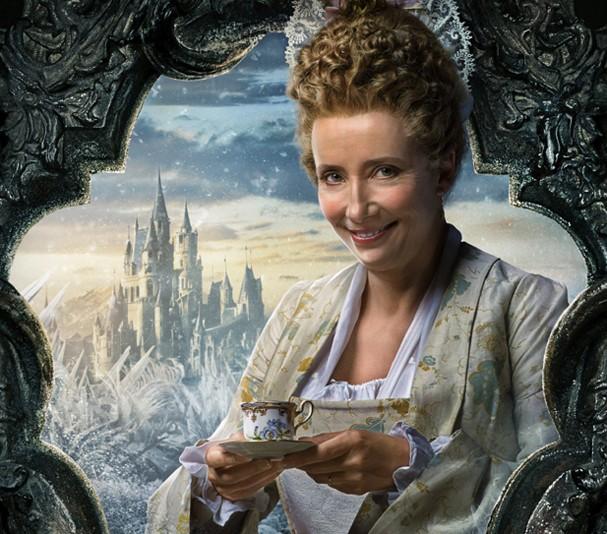 """Emma Thompson, a Madame Samovar de """"A Bela e a Fera"""" (Foto: Divulgação)"""
