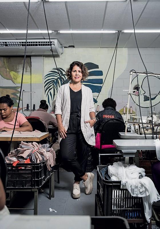 Rosilane, da Karamello, e sua moda made in Baixada (Foto: Stefano Martini/ÉPOCA)