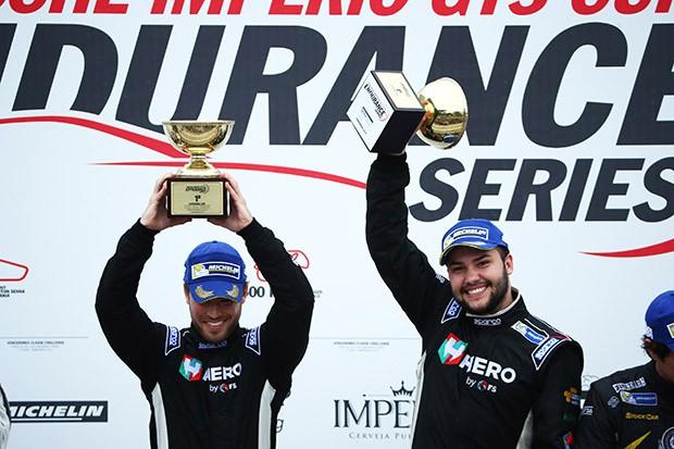 Dupla vencedora dos 500 Km (Foto: Luca Bassani/PorscheCup)