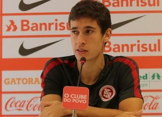 Internacional Inter Rodrigo Dourado (Foto: Eduardo Deconto/GloboEsporte.com)