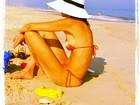 Luciana Gimenez posta foto na praia e diz: 'Adoro um ossinho'