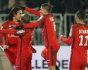 Cavani e Di María comandam goleada, e PSG vai à final da Copa da Liga