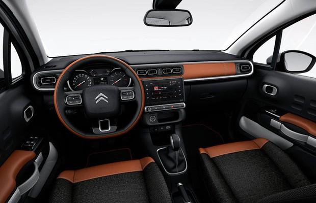 Interior do novo C3 investe na mesma linguagem de estilo da carroceria (Foto: Divulgação)