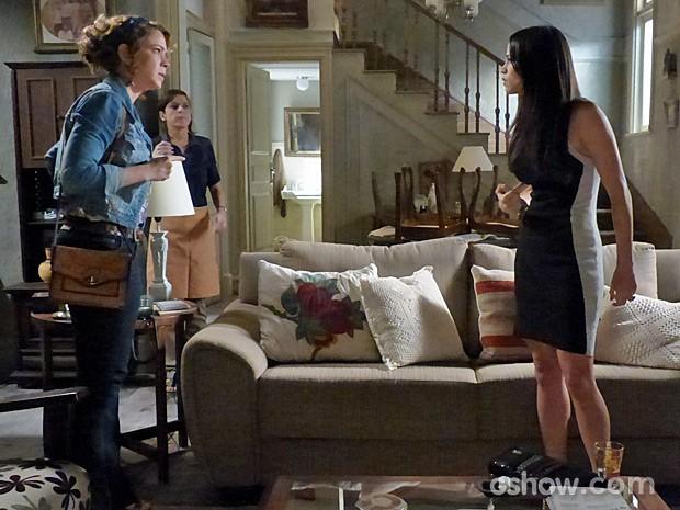 Tuane enfrenta Cristina para tentar ficar com Victor (Foto: Império/TV Globo)