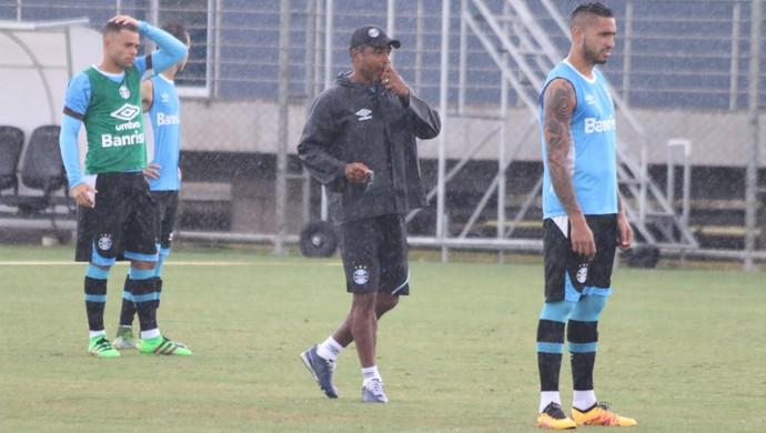 técnico Roger Machado em treino do Grêmio (Foto: Diego Guichard / GloboEsporte.com)