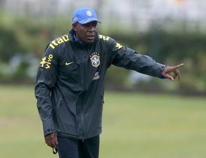 Claudio Caçapa, técnico da seleção sub-15 (Foto: Rafael Ribeiro/CBF)