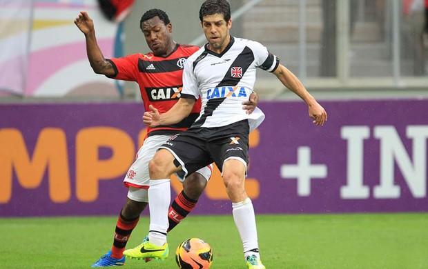 Amaral e Juninho Pernambucano Flamengo x Vasco (Foto: Marcelo Sadio / Flickr do Vasco)