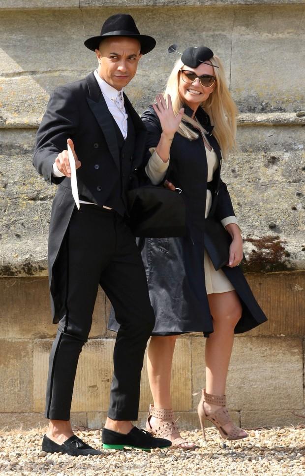 A ex-Spice Girl Emma Bunton foi ao casamento da amiga Geri Halliwell  (Foto: AKM)