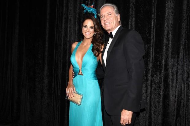 Ticiane Pinheiro e Roberto Justus em baile da gala da revista 'Vogue' em São Paulo (Foto: Iwi Onodera/ EGO)