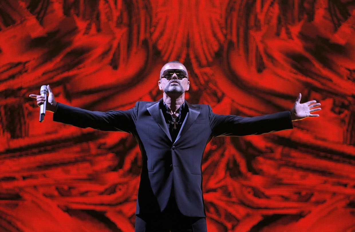 Bis exibe o show George Michael Live At Palais Garnier Paris nesta segunda-feira (20) (Foto: Associated Press)