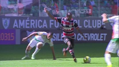 Melhores momentos de América-MG 0 x 3 Santa Cruz pela 15ª rodada do Campeonato Brasileiro