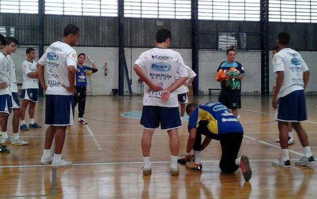 Equipe de futsal de São José treina no Têns Clube (Foto: Quarttus/ Divulgação)