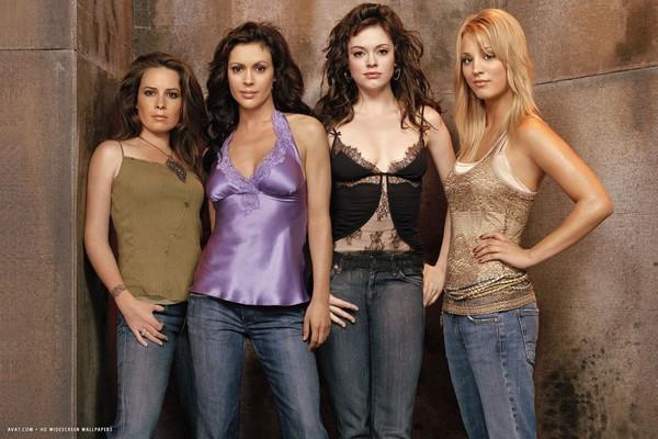 Protagonistas da primeira versão de Charmed (Foto: reprodução)