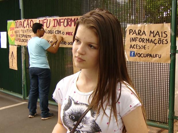ENEM 2016 - SÁBADO (5) – UBERLÂNDIA (MG) Estudante viajou para Enem e prova é cancelada (Foto: Reprodução/TV Integração)