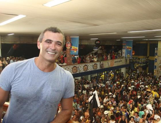 Reencontro: Paulo Barros volta a trabalhar na Vila Isabe e na Vizinha Faladeira, onde começou, no próximo Carnaval (Foto: G1)
