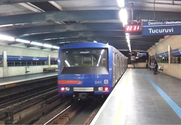 Trem da Linha 1-Azul do Metrô de São Paulo (Foto: Reprodução/YouTube)