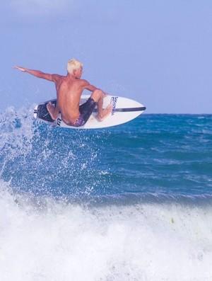 BLOG: Como as redes sociais alimentam o sonho de Tiago Silva em decolar no surfe