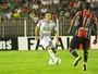 Sem Paulinho, Rocha testa opções para o duelo contra o Avaí, em casa