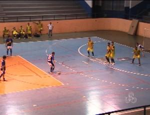 Seduc vence Detran por 5 a 4 no primeiro confronto do Torneio de Futsal dos Servidores (Foto: Reprodução/TV Rondônia)