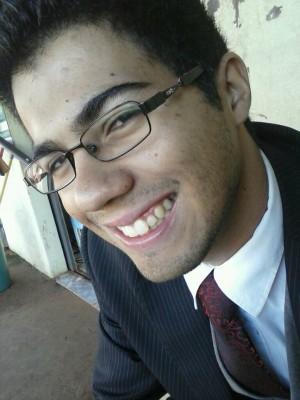 Estudante Thiago da Cruz foi morto com tiro no peito após reagir a assalto (Foto: Reprodução/ Facebook)