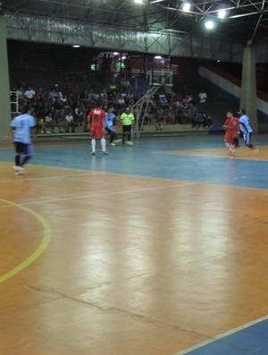minhoca de aço x stand up semifinal campeonato municipal de futsal prudente (Foto: João Paulo Tilio / Globoesporte.com)