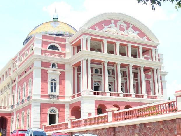 Teatro Amazonas está localizado no Centro Histórico de Manaus (Foto: Rosianne Couto/G1 AM)