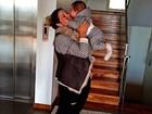 Dentinho se declara a Dani Souza e ao filho: 'Amo vocês demais'