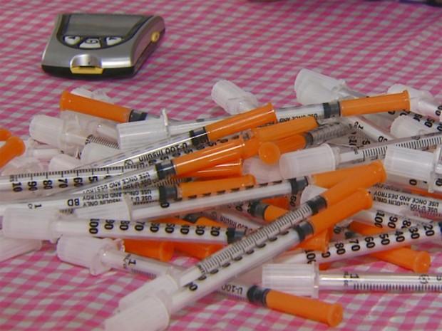 Seringas para aplicação de insulina (Foto: Reprodução / EPTV)