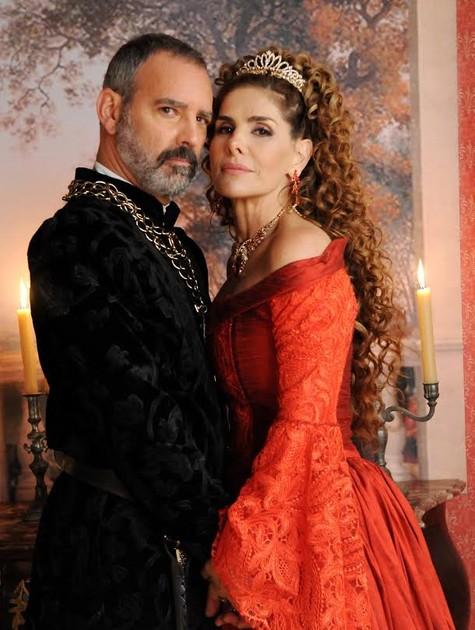 Floriano Peixoto e Helena Fernandes em 'Belaventura' (Foto: Munir Chatack/ Record)