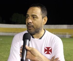 Artur Oliveira, técnico do Vasco-AC (Foto: João Paulo Maia)