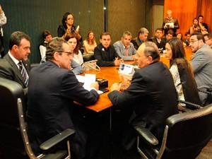 Reunião do SOS Municípios discutiu situação financeira das cidades (Foto: Gerson de Castro)
