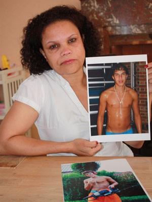 Rosana disse que não se deu conta dos sinais de radicalização de seu filho (Foto: Marcia Bizzotto/BBC Brasil )